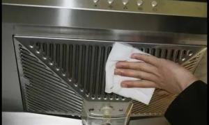 油烟机到底怎么洗才干净?