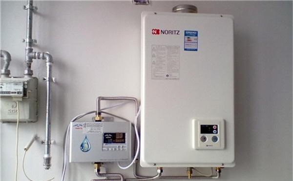 热水器究竟是燃气好还是电能好?用1分钟让你彻底明白!